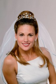 Cindy Wedding Headpiece