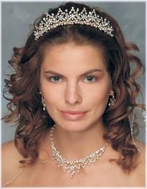 Diana Bridal Headpiece