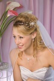 White/Silver Wedding Hairpiece