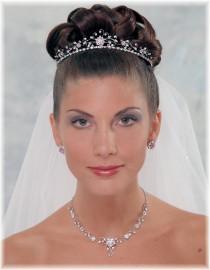 Dina Bridal Headpiece