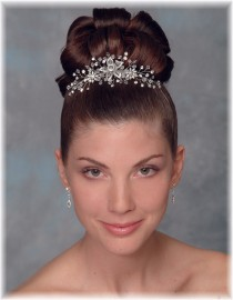 Lacey Bridal Hairpiece