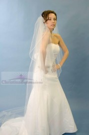 One Tier Cathedral Cascade Vermicelli Edge Bridal Veil